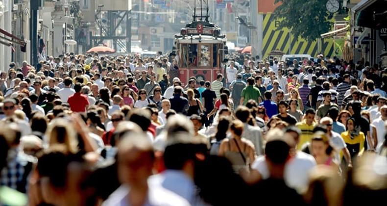Türkiye'de Niteliksiz Nüfus Sıçraması Tehlikesi